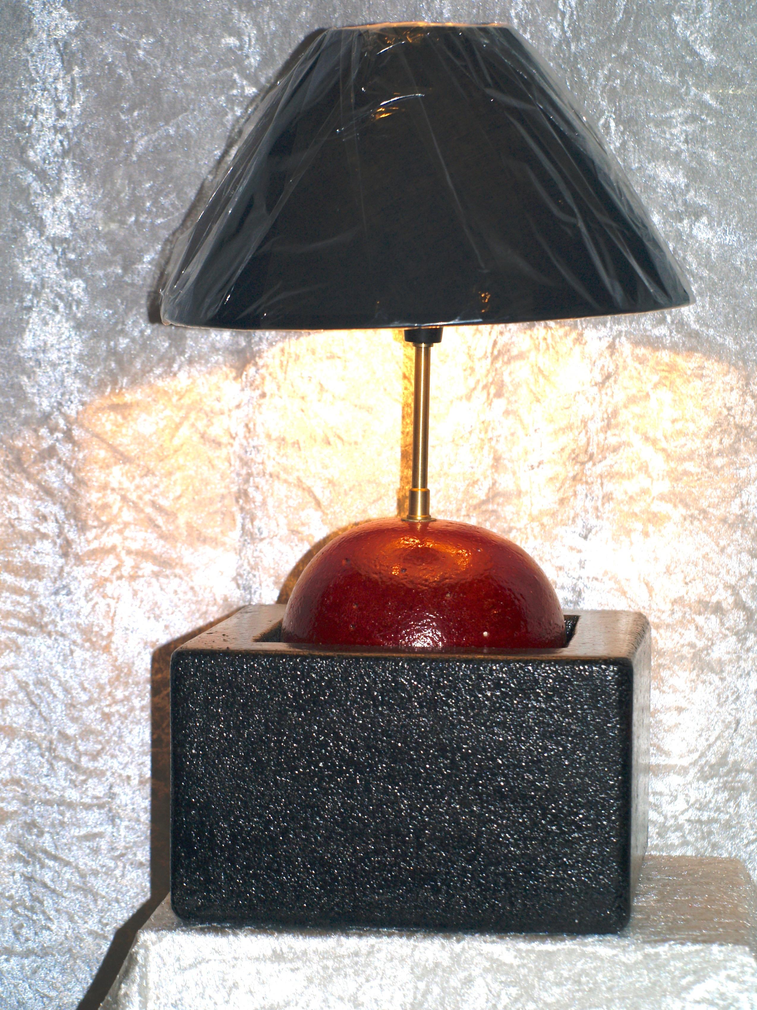 Lampe unique, création artisanale à Saint-Maden